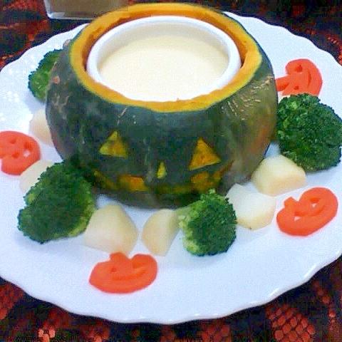 3. かぼちゃカップのチーズフォンデュ
