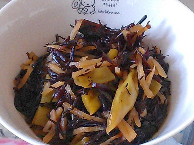夏野菜のインゲンであっさり簡単ひじきの煮物
