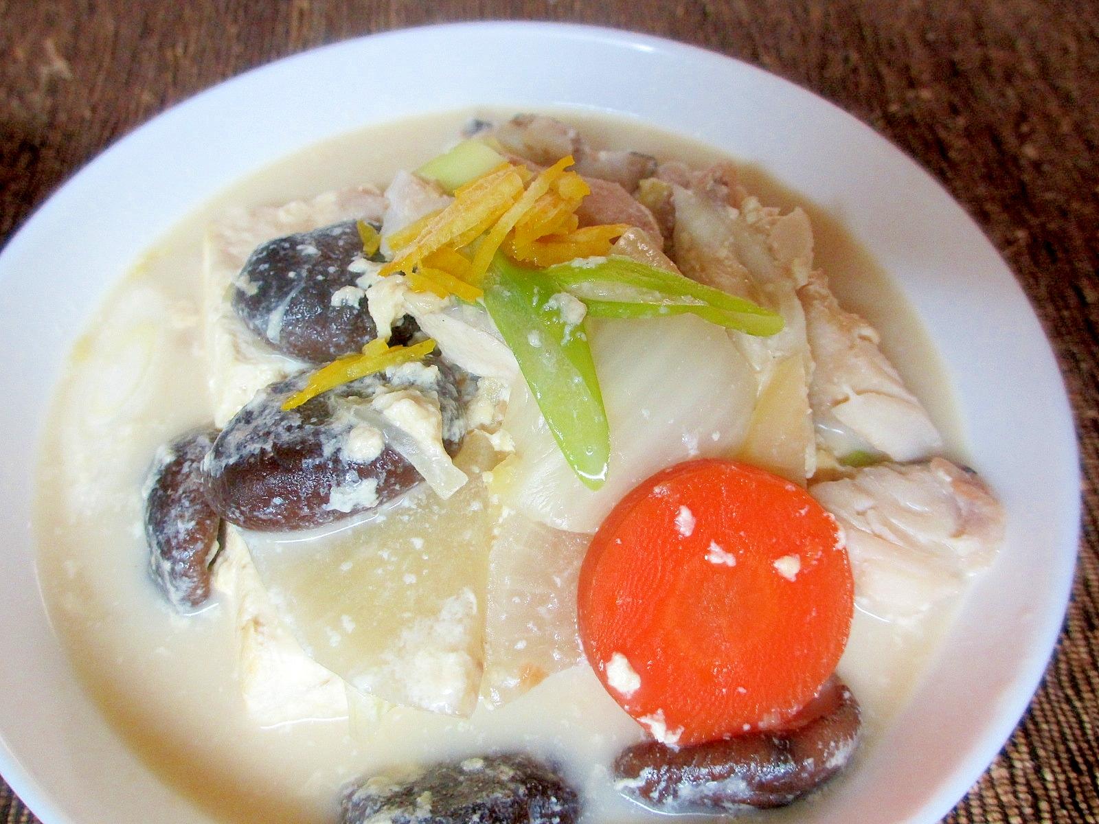 タラと豆腐の豆乳鍋