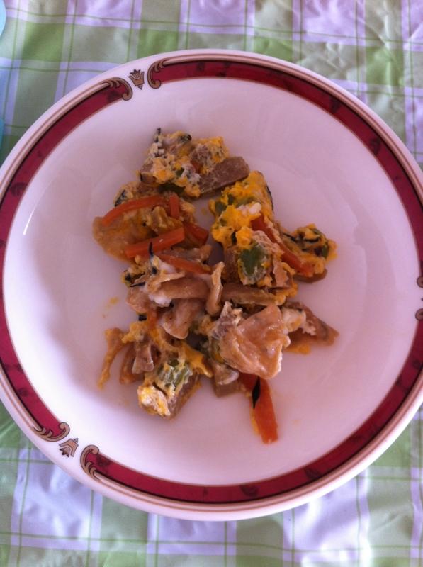 ヘルシー高野豆腐&にんじんの卵炒め物