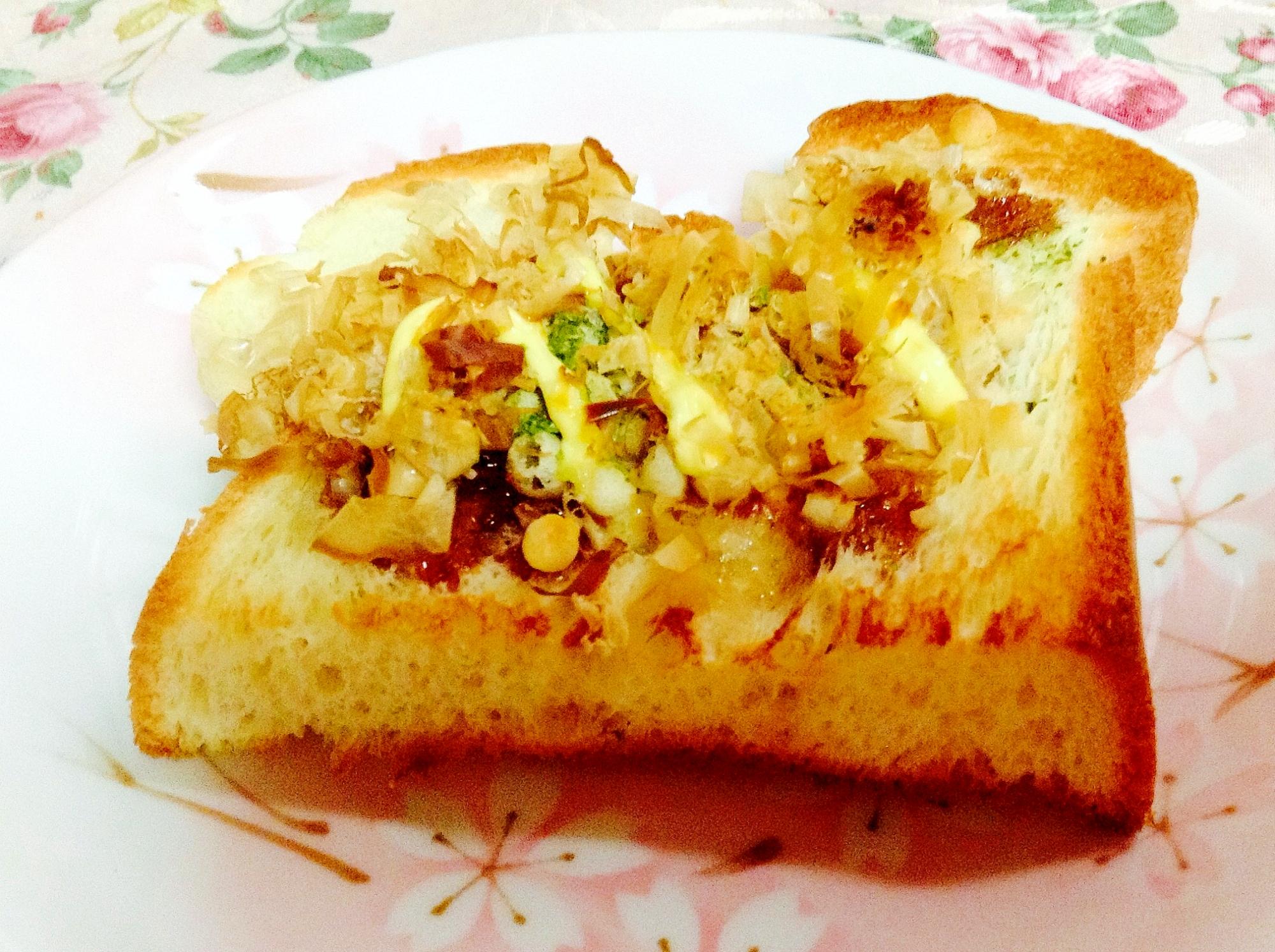 たこ焼き風味♪天かす鰹節トースト