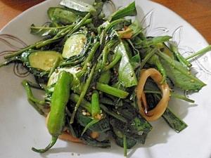 青野菜ときゅうりの炒め物