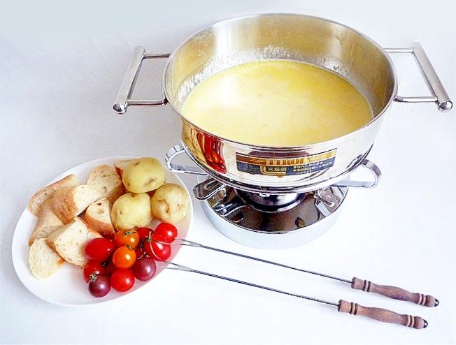 1. チーズフォンデュ