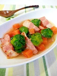 芽キャベツとベーコンの☆カロカロスープ