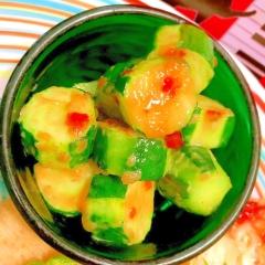 ころころ胡瓜のスイチリココナッツバター炒め