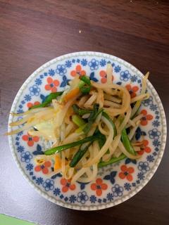 カット野菜でつくる、梅風味野菜炒め