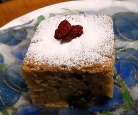 ホットケーキミックスでミネラルフルーツケーキ