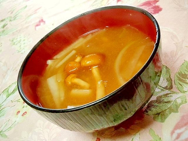 なめこ&玉葱&大根のおみそ汁