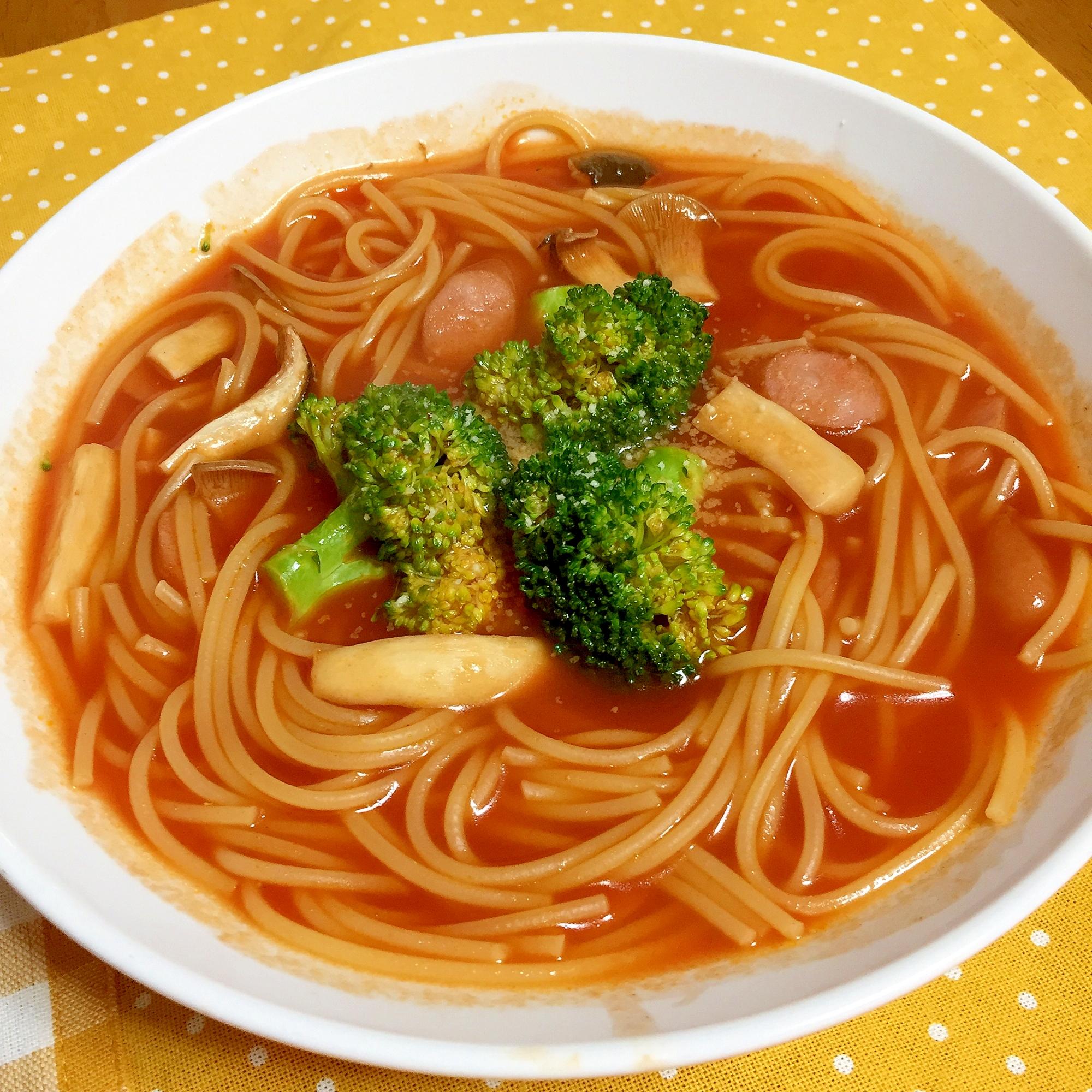 8.野菜ジュースで作るトマトパスタ