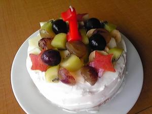 1歳の誕生日ケーキ☆炊飯器で簡単