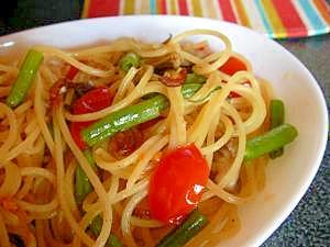 ★三度豆と舞茸とトマトの和風スパゲティー★パスタ