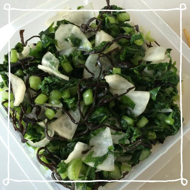 7. 大根の葉と塩昆布の漬物