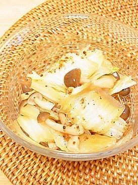 ウチの常備菜*白菜としめじのちょっぴり甘め煮
