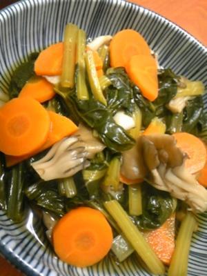 簡単!小松菜とマイタケの煮物