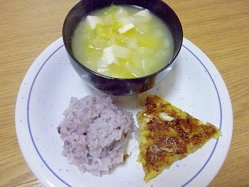 豆腐と納豆のお好み焼きのダイエットワンプレート