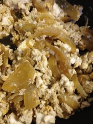 おぼろ卵と豆腐の玉ねぎ煮