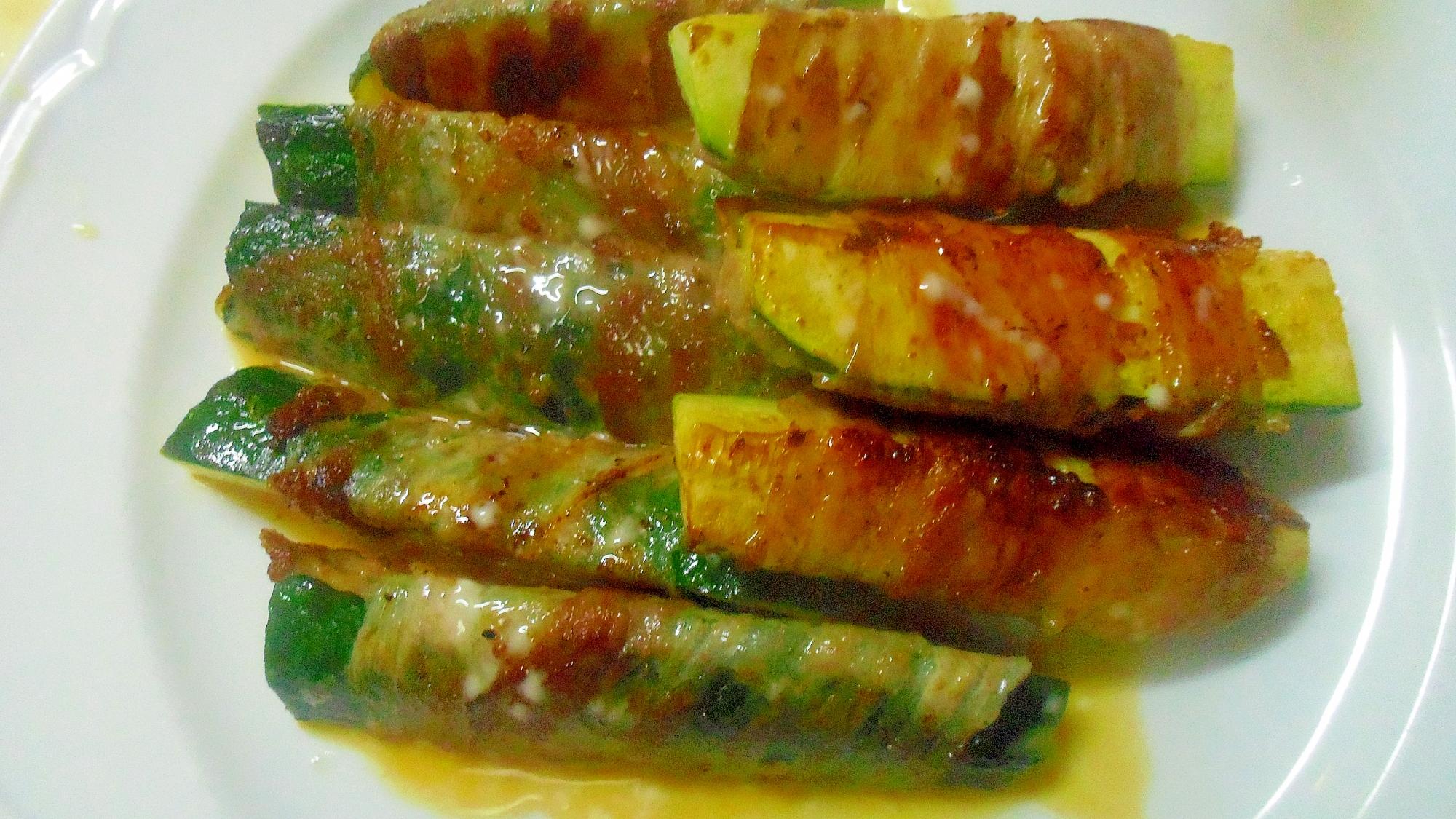 ズッキーニの豚肉巻き(マヨポンソース)