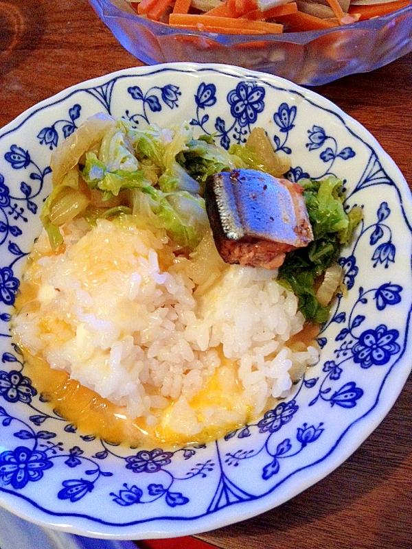 授乳婦一人ランチ☆野菜も魚も!白菜とサンマ缶と卵丼