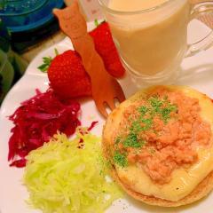 鶏ささ身と明太子マヨのマフィンピザトースト