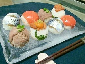 ころころ可愛いひと口サイズ手毬寿司