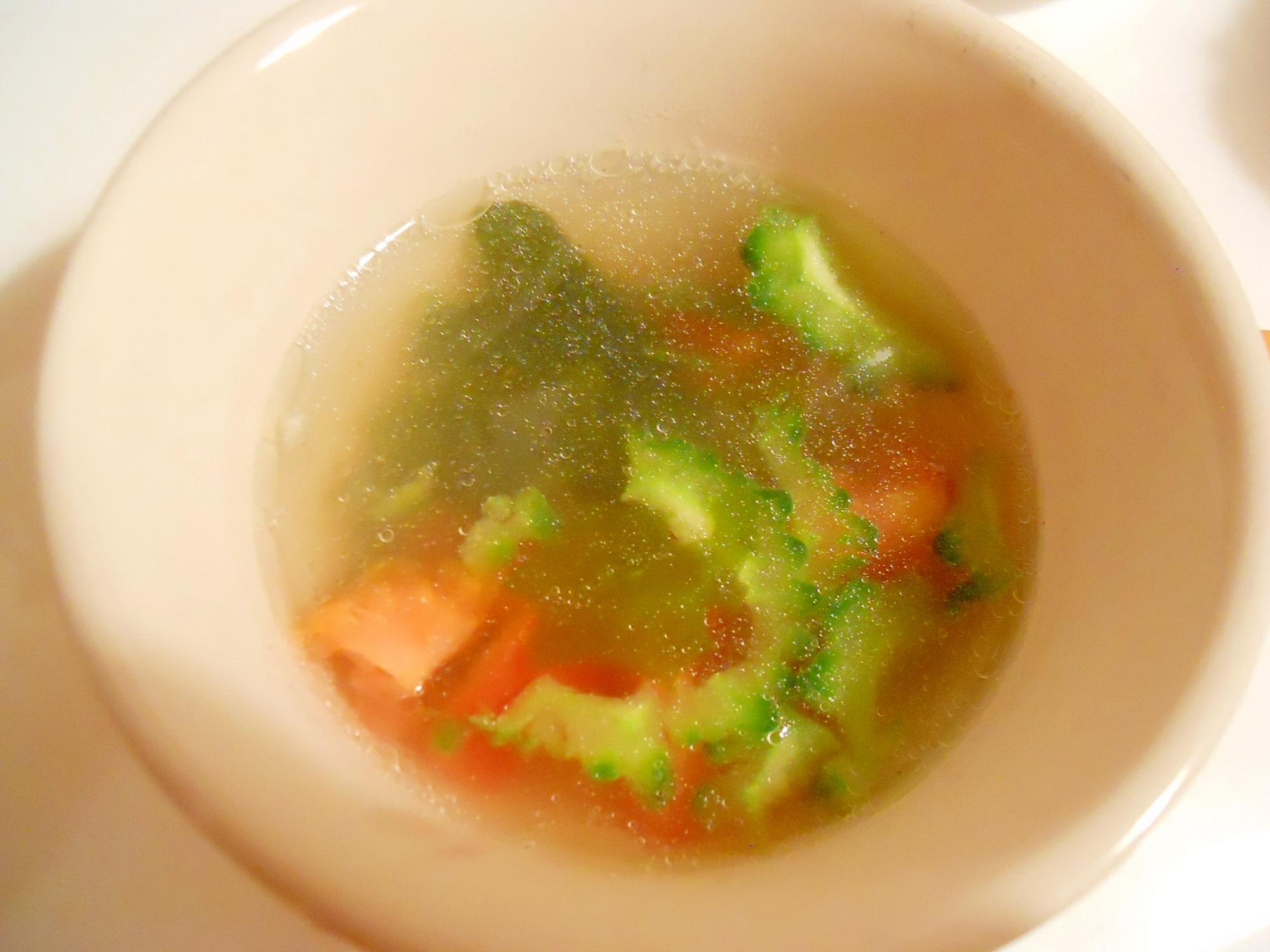 ゴーヤとトマトで酢っぱ中華スープ♪