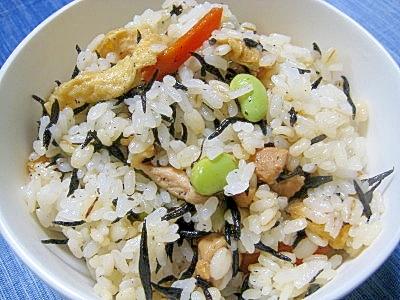 7.【夏】枝豆と鶏肉の炊き込みご飯