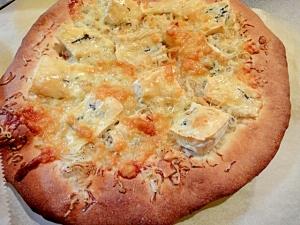 カルシウムタップリ!しらすとブルーチーズのピザ