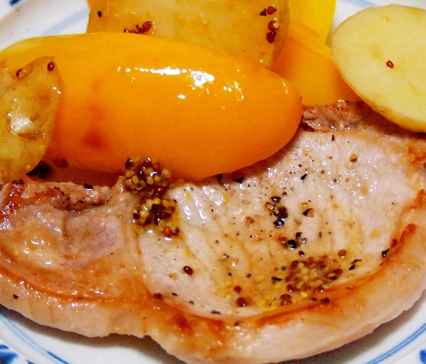 豚肉とパプリカとポテトのソテー