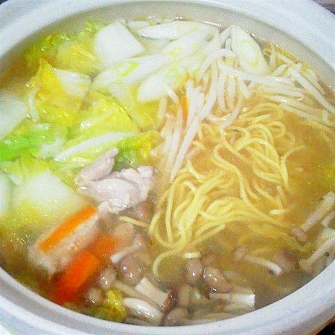 鶏がら塩糀スープdeラーメン鍋