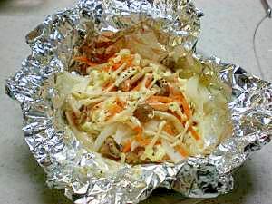 野菜たっぷり鮭のマスタードマヨホイル焼き