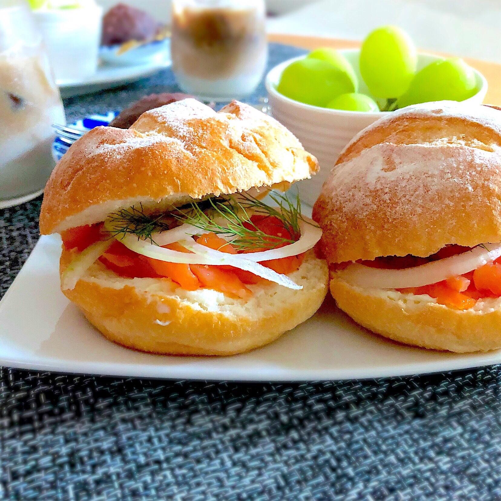 スモークサーモンとクリームチーズのサンドイッチ レシピ・作り方