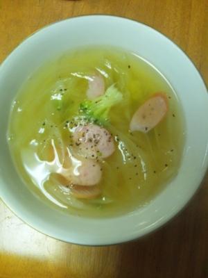 即行!玉ねぎとウィンナーのスープ