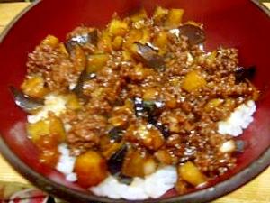 茄子と挽肉の甘味噌丼
