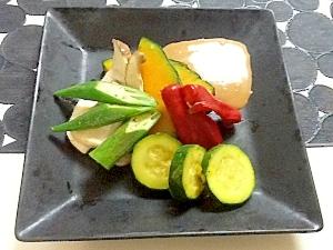 冷製蒸し野菜のゴマだれソース
