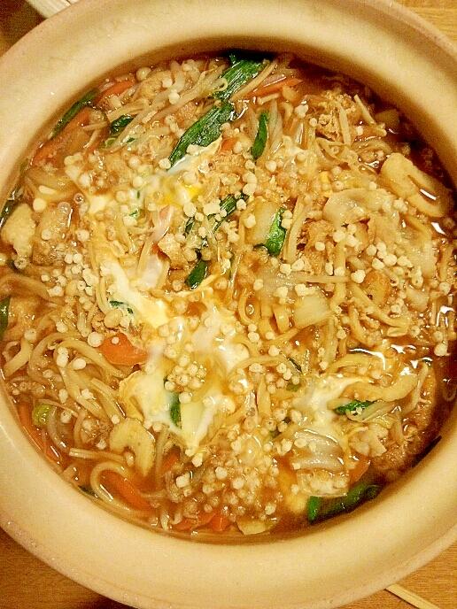 寒い日は味噌鍋で温まりましょう♪