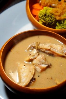 フライパンで、南インド風白身魚のココナッツカレー