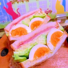 柚子胡椒×味噌deアボカドハムチーズぽて卵サンド