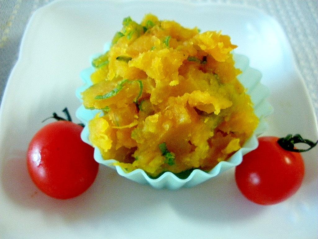 お弁当に!ゆでかぼちゃと長ねぎの鶏がら塩糀スープ味