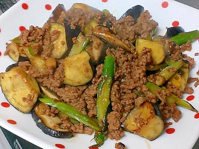 アスパラ、茄子、ひき肉、椎茸の焼肉のタレ炒め