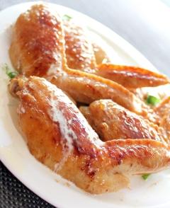 漬けて焼くだけ♪鶏手羽先のクリーミー照り焼き