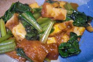 簡単炒めもの!「厚揚げと小松菜の侍ソース炒め」