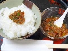ご飯が旨い! くず肉で「カニ味噌」