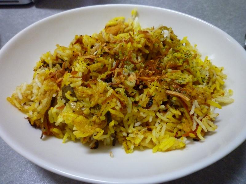3. バスマティライスを炊いてから作るビリヤニ