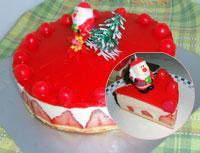 クリスマスにどうぞ♪苺とチーズのムースケーキです。