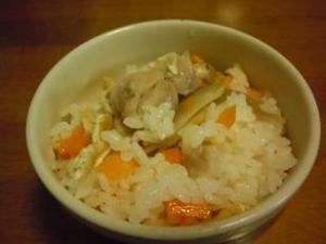 鶏白だしで簡単炊き込み