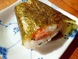 鮭と紫蘇の実のおにぎり