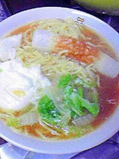 簡単おいしい☆白菜・卵・ちくわのラーメン♪