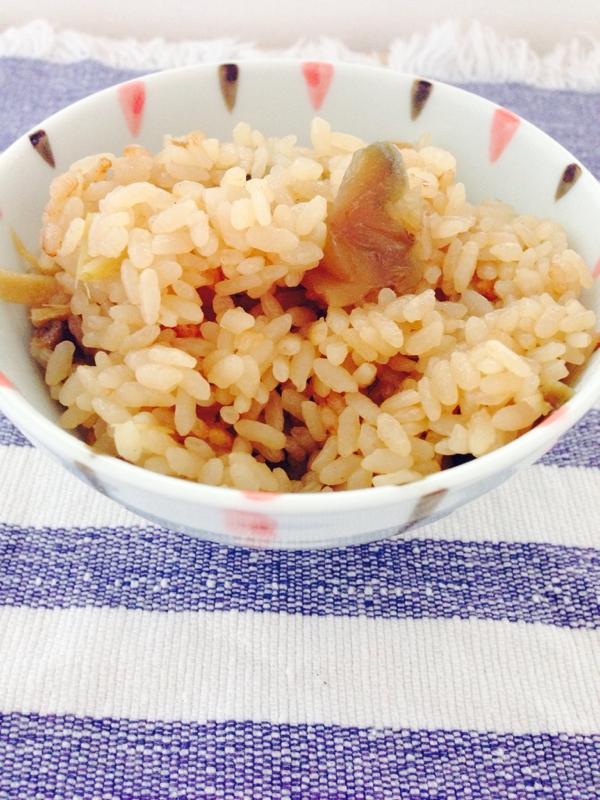 生姜とザーサイの炊き込みご飯