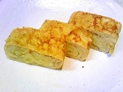 醤油と美味しい 甘い卵焼き