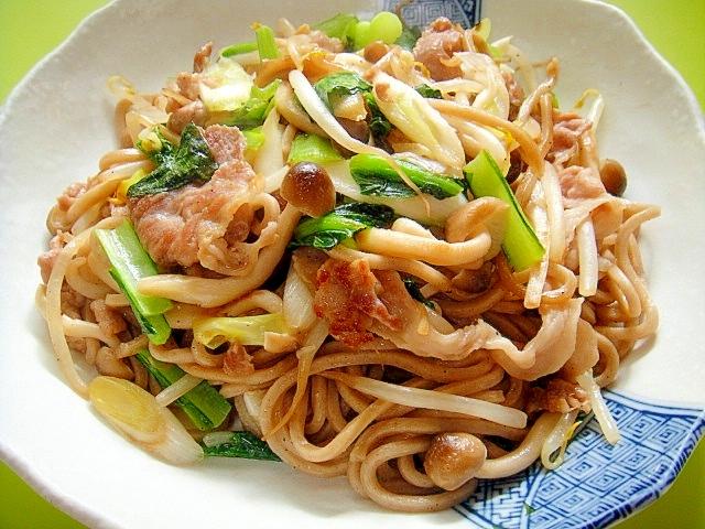4. もやしと豚肉小松菜の和風焼き蕎麦